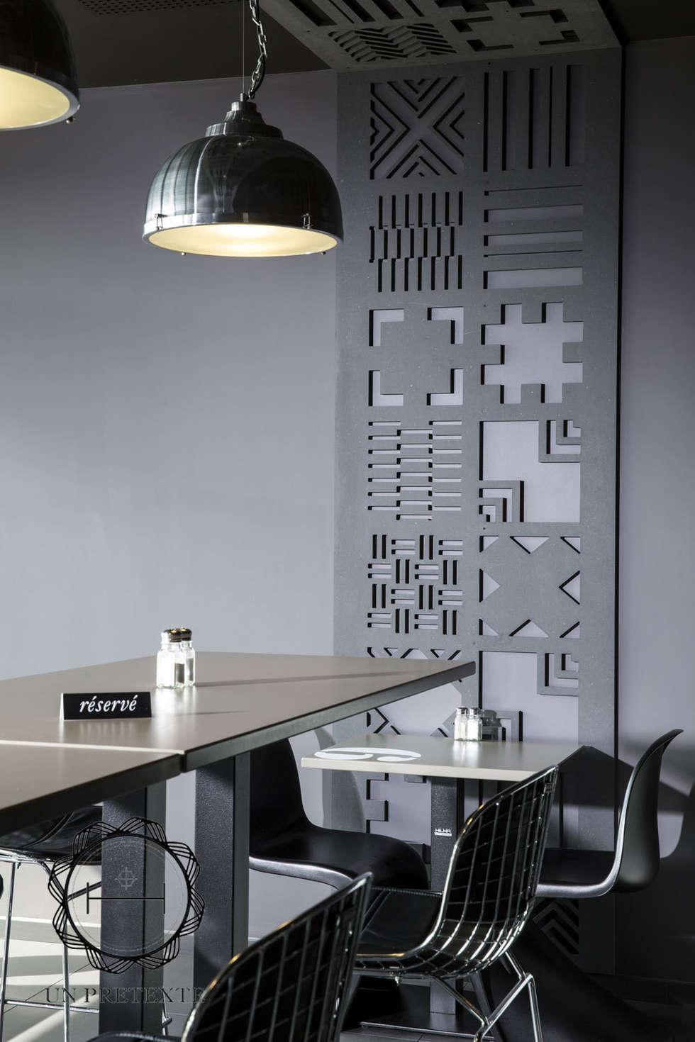 Salle du restaurant Frit'Hous: Restaurants de style  par Soraya Deffar / Un Pretexte