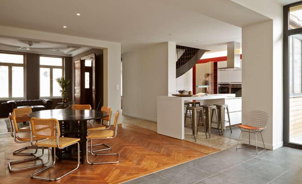 1305 PLUX_salle à manger et cuisine: Maisons de style de style Moderne par Architecte PLUX
