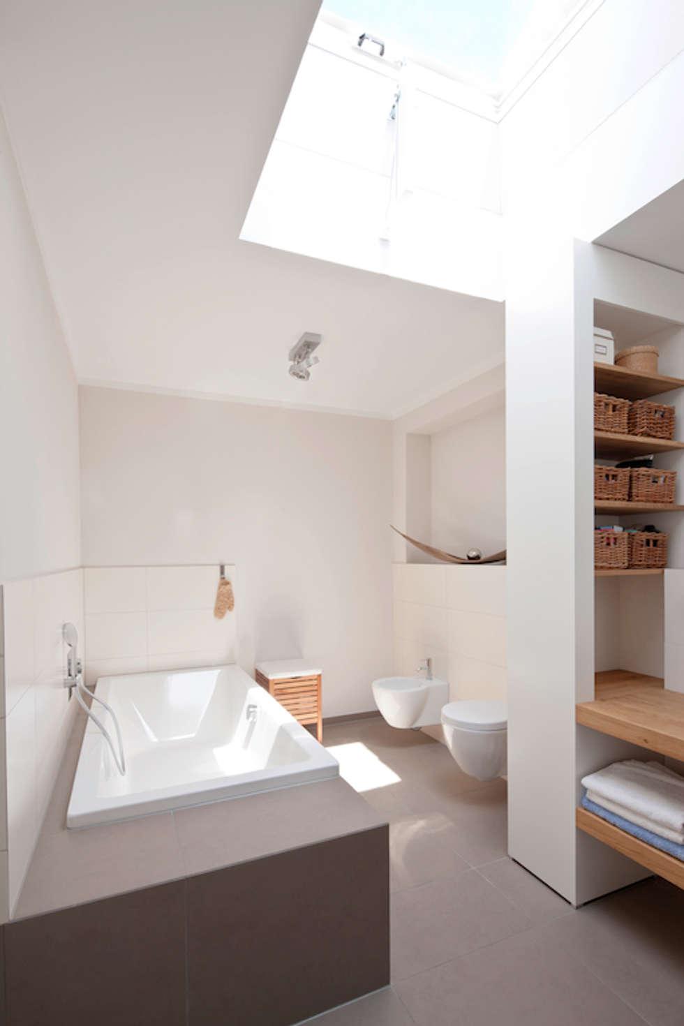 Baños de estilo  por in_design architektur