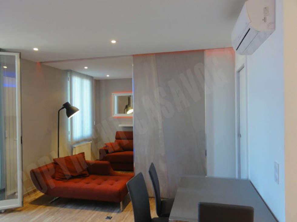 modern Dining room by Casavog