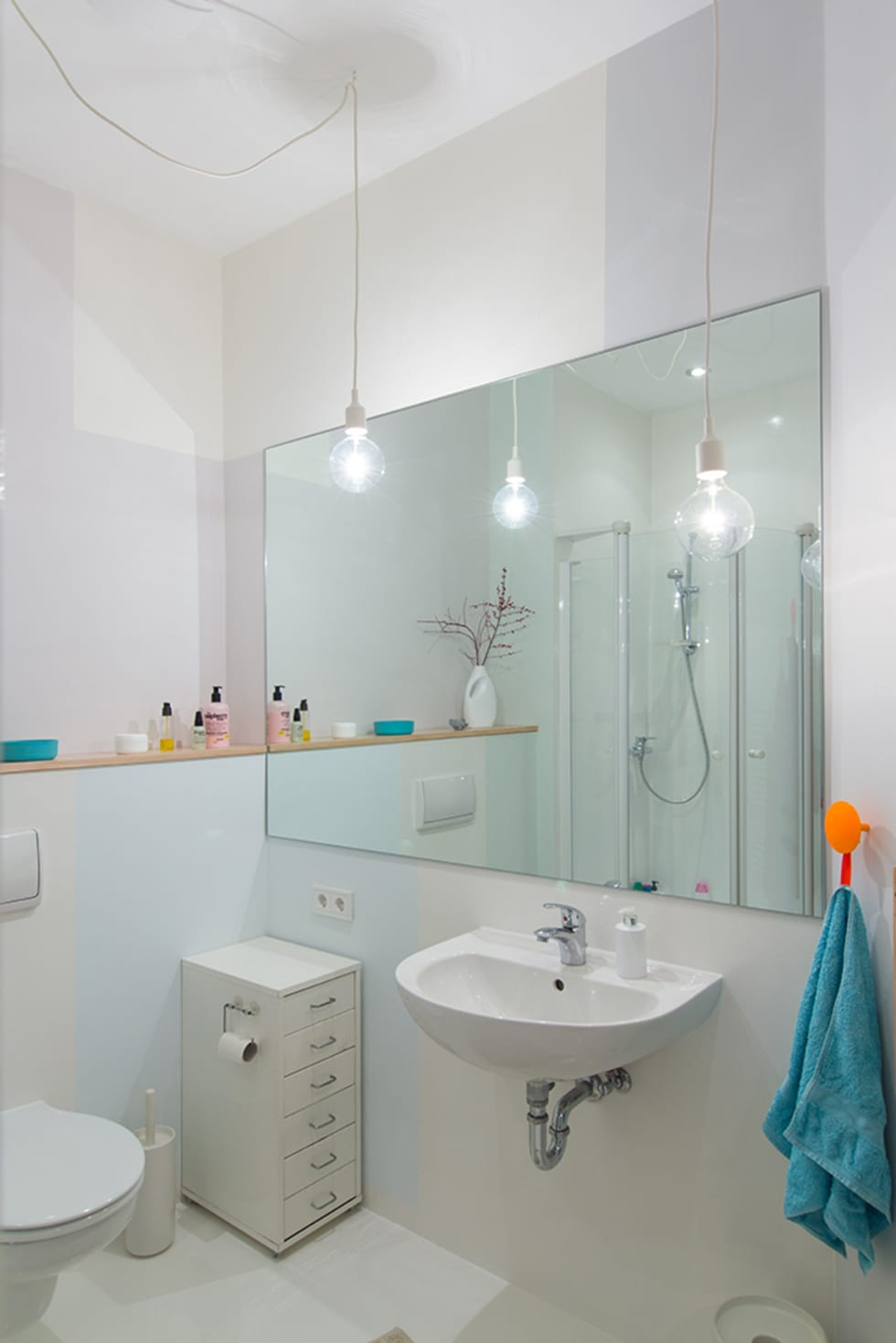 Skandinavische Badezimmer Bilder: Kinderbad Pastel | Homify Skandinavische Badezimmer
