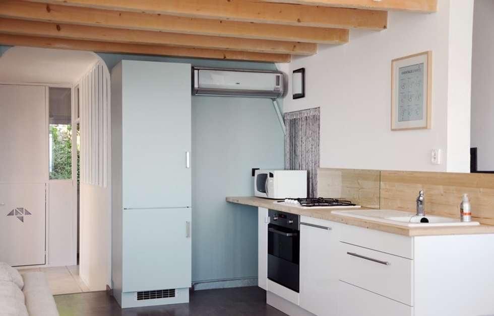 Le 16 - Espace de vie 1er étage - cuisine: Maisons de style de style Moderne par Aurélie Ronfaut dite Thi-Lùu