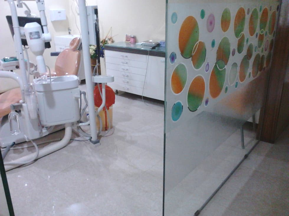 Vijetha Dental Care:   by NAQSHA Design Solutions