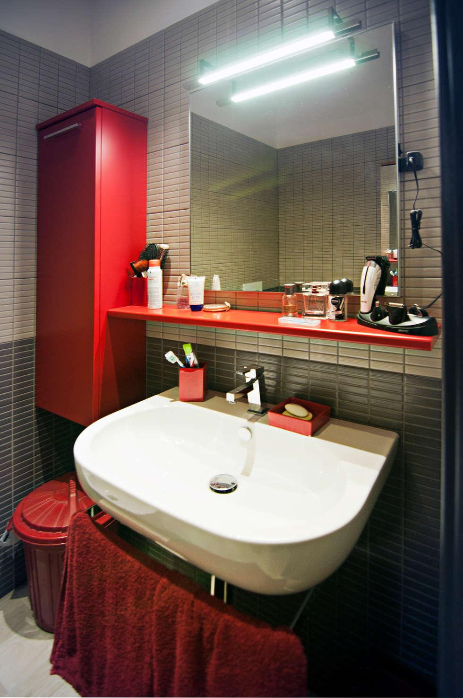 MM flat in Rome: Case in stile in stile Moderno di Davide Coluzzi DAZ architect