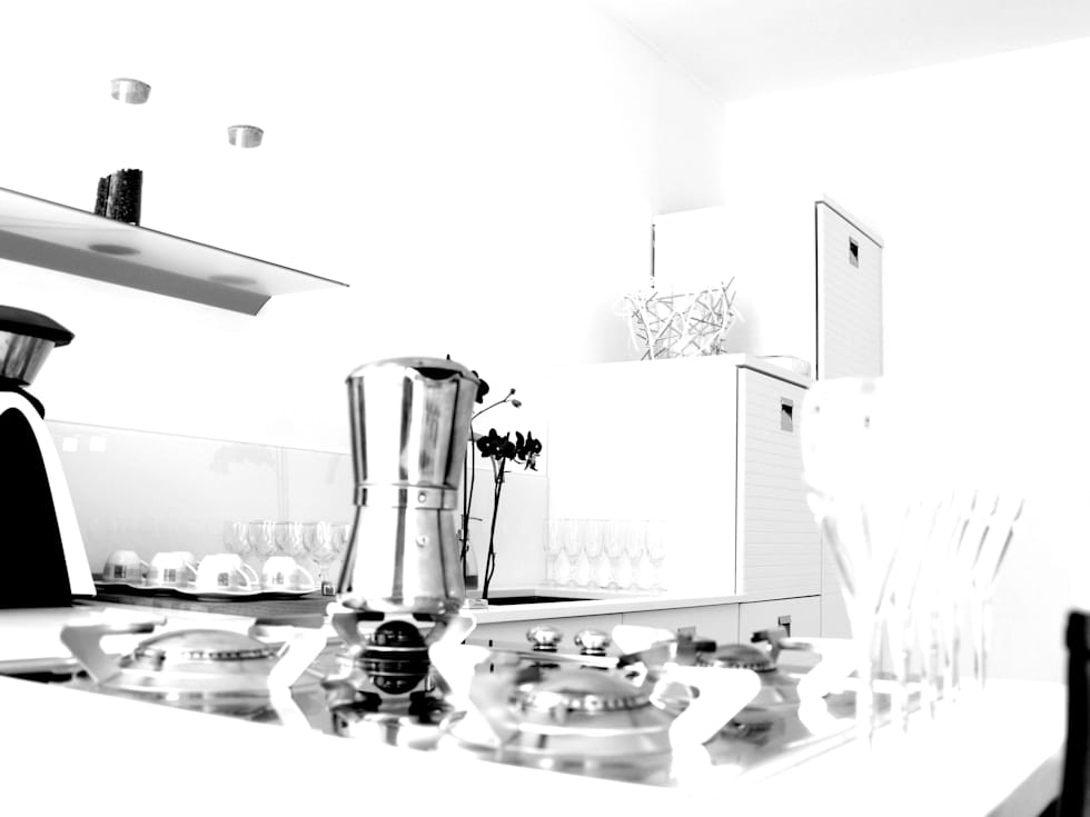 kitchen: Case in stile in stile Minimalista di ecoArchitettare