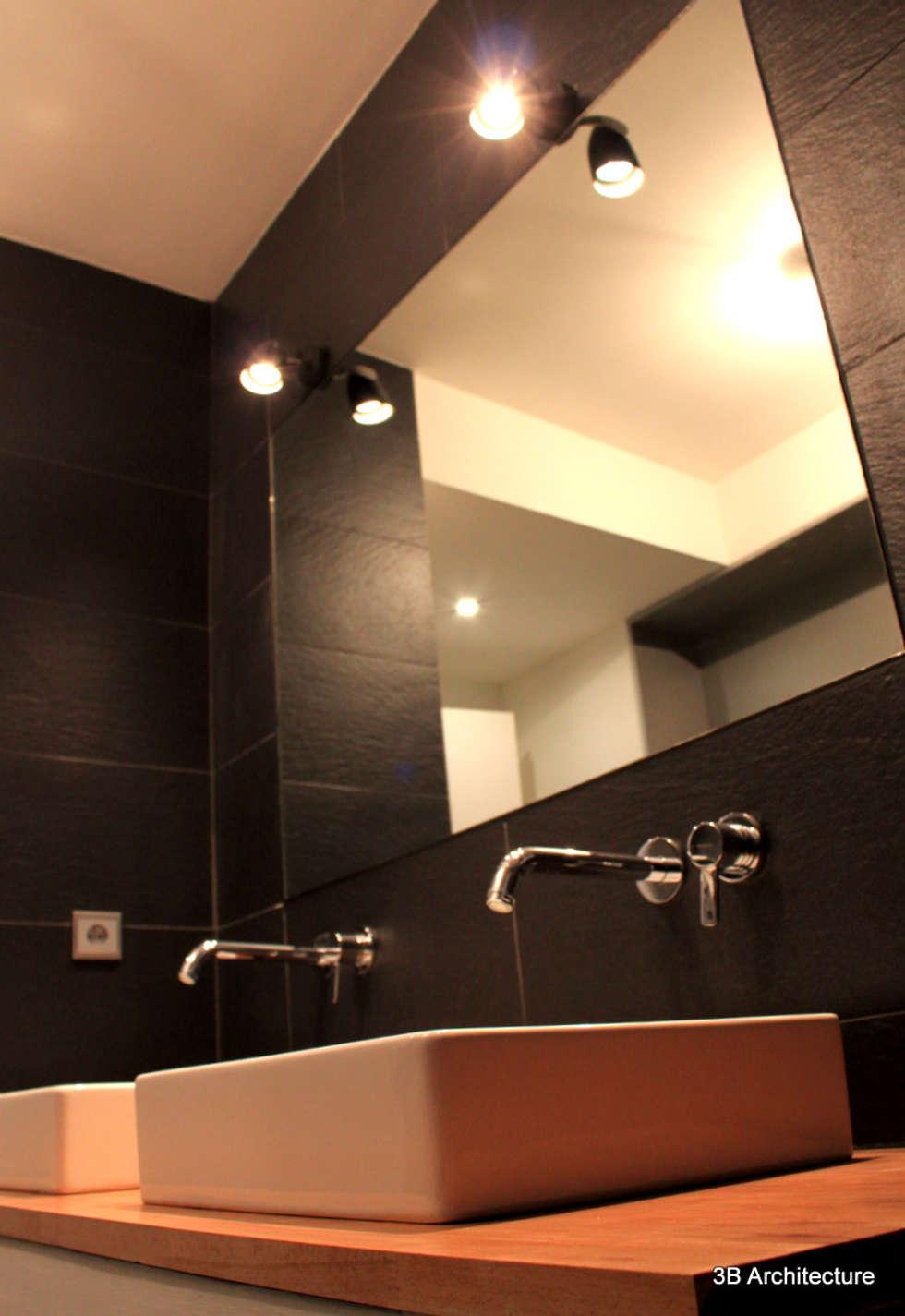 Salle de bains familiale: Salle de bains de style  par 3B Architecture