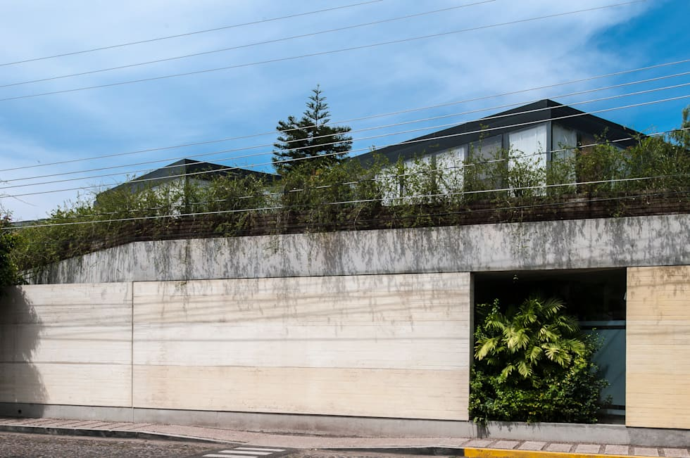 SPA JIVA: Spa de estilo minimalista por Ambrosi I Etchegaray