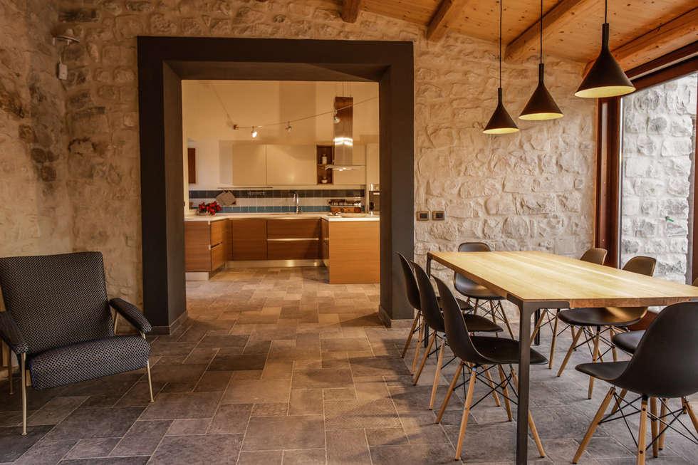 Idee arredamento casa interior design homify for Case in stile country moderno