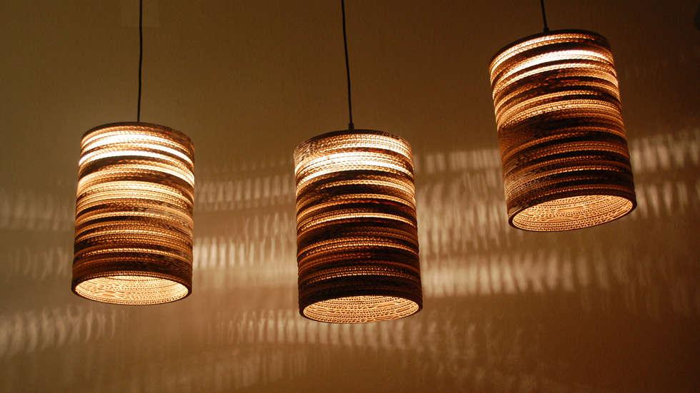 """Lampe """"Laura"""":  Wohnzimmer von Nordwerk rDesign"""