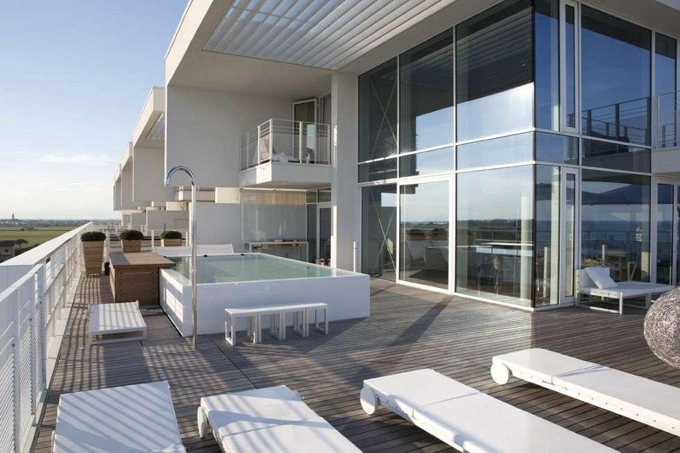 Idee arredamento casa interior design homify for Richard meier architetto