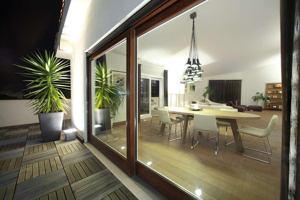 Idee arredamento casa interior design homify for Arredo terrazzo attico
