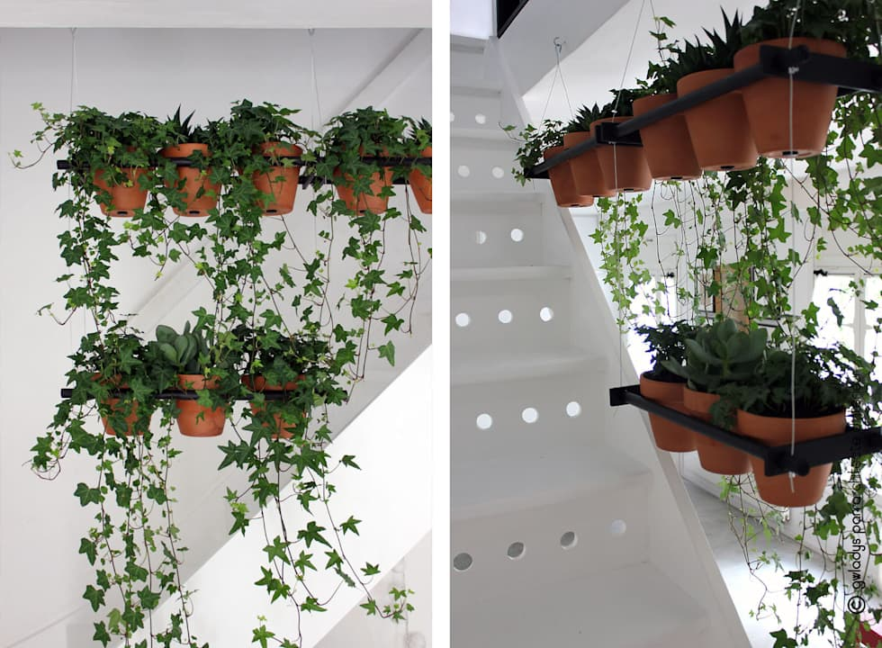 ESPACE DE TRAVAIL: Couloir et hall d'entrée de style  par Gwladys PARRA