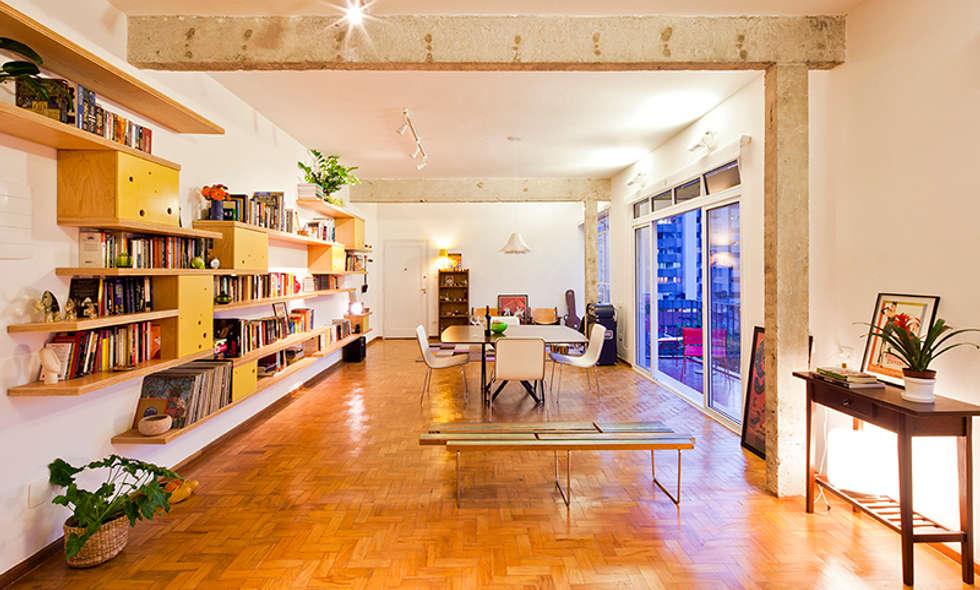APARTAMENTO APINAGÉS: Salas de jantar ecléticas por Zoom Urbanismo Arquitetura e Design
