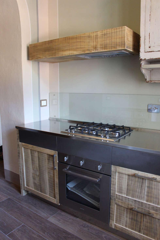 Cucina 7.3: Cucina in stile in stile Eclettico di Essenza Legno
