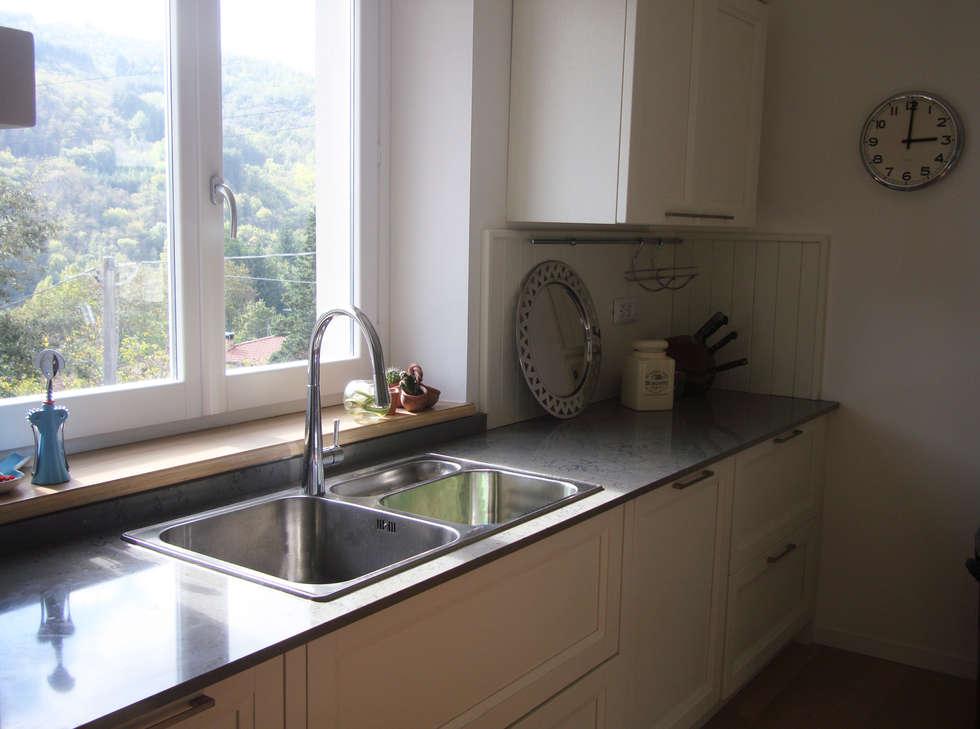 classic Kitchen by Essenza Legno