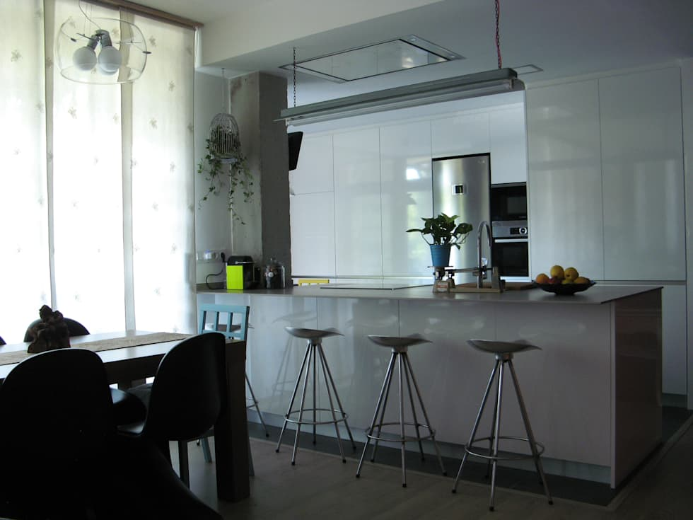 Fotos de decoraci n y dise o de interiores homify - Barra de cocina americana ...