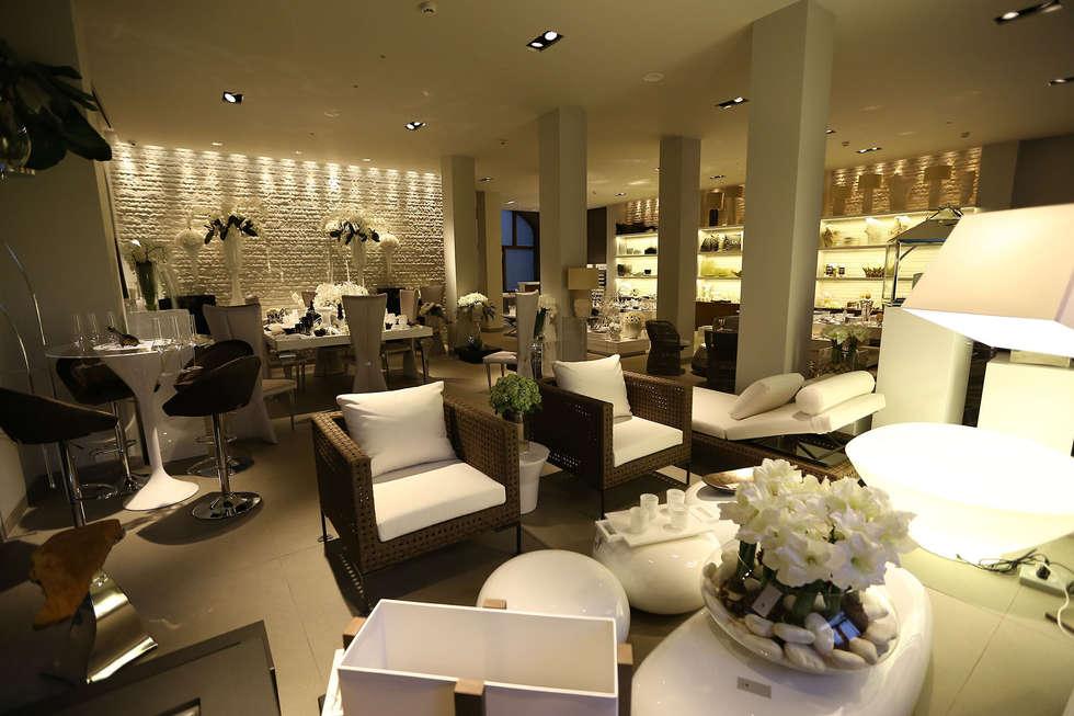 Luxury Home Decor Stores: Interior Design Ideas, Redecorating & Remodeling Photos