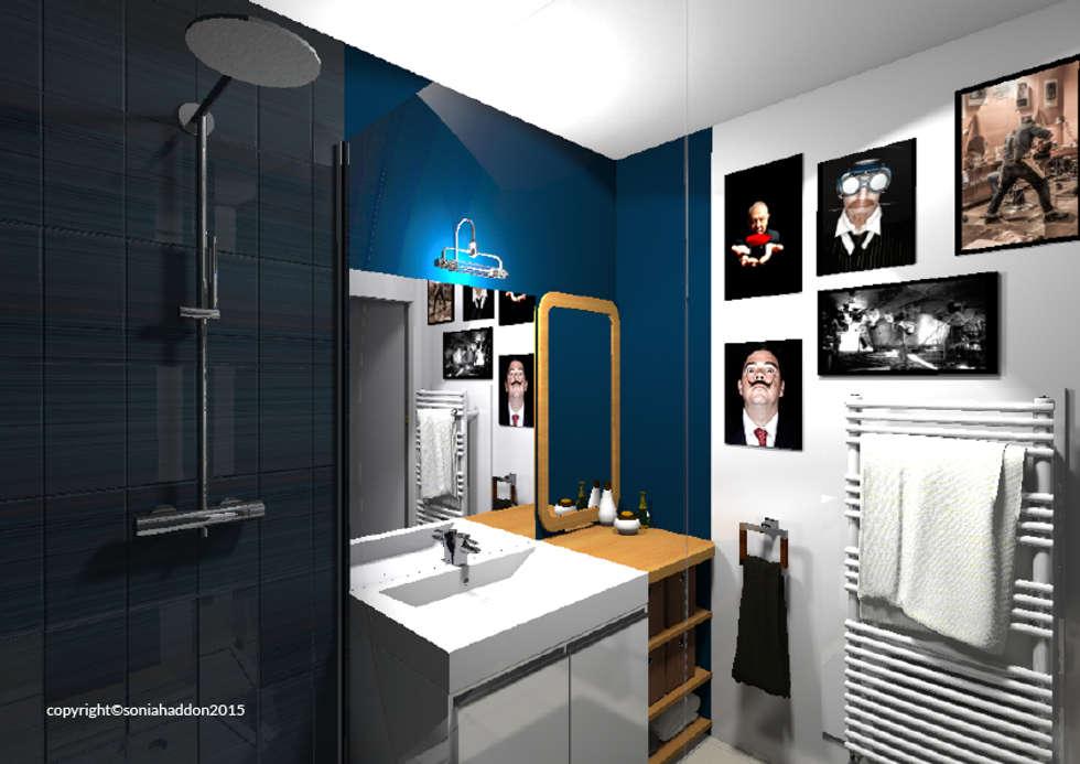 SALLE DE BAIN: Salle de bains de style  par Sonia HADDON Interior Designer
