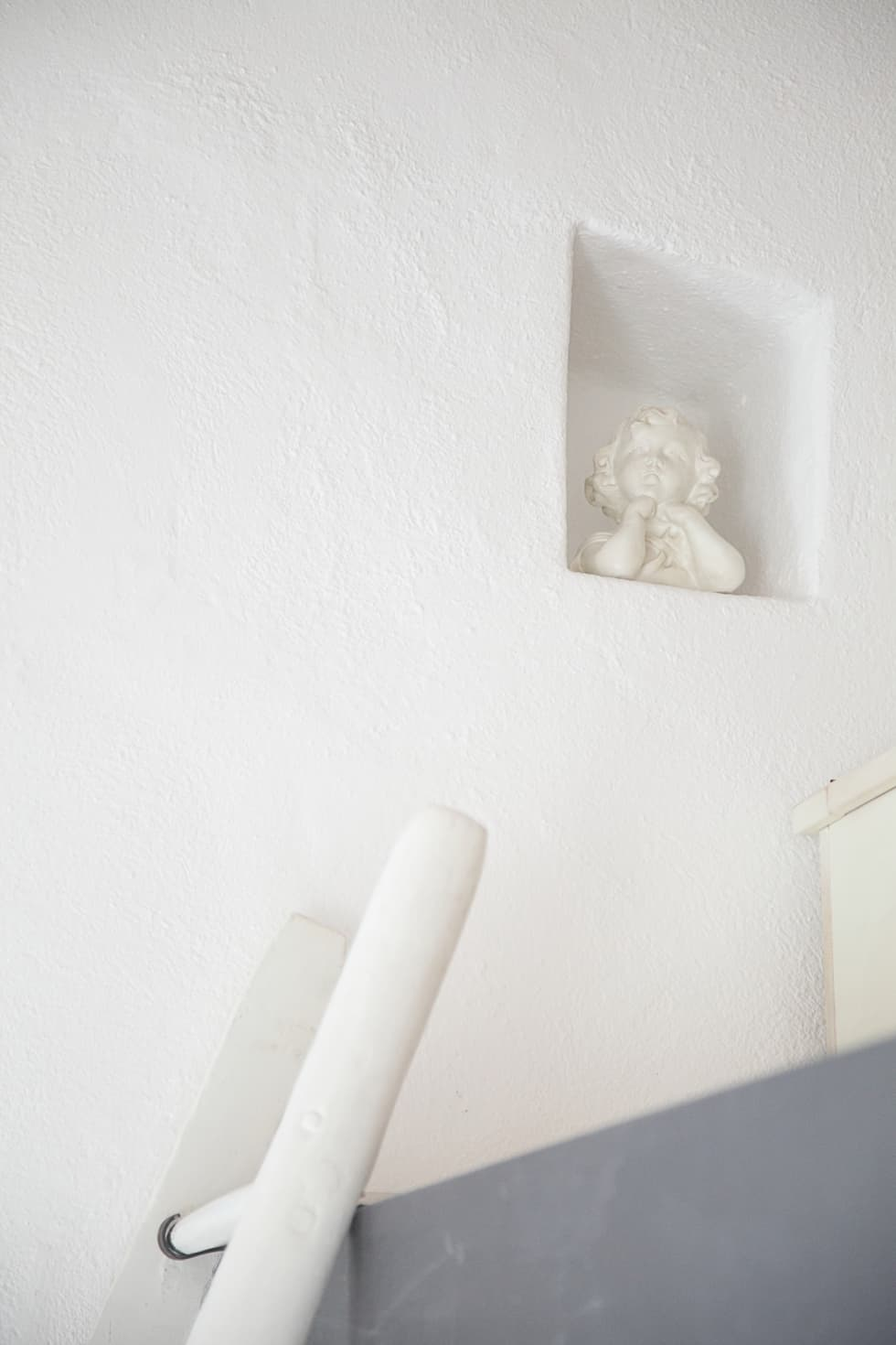 Un dettaglio: Camera da letto in stile in stile Rustico di STUDIO PAOLA FAVRETTO SAGL - INTERIOR DESIGNER