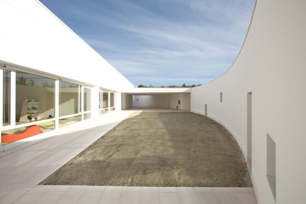Le nostre realizzazioni: Ponzano Children: Giardino in stile in stile Moderno di Dal Ben Giardini
