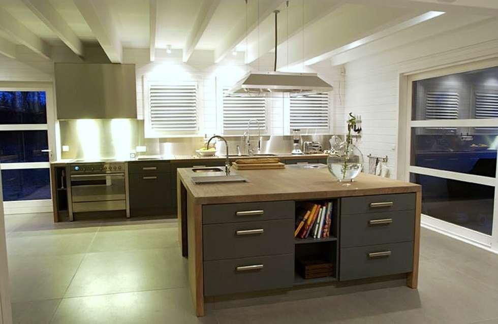 Id es de design d 39 int rieur et photos de r novation homify for Devis cuisine equipee