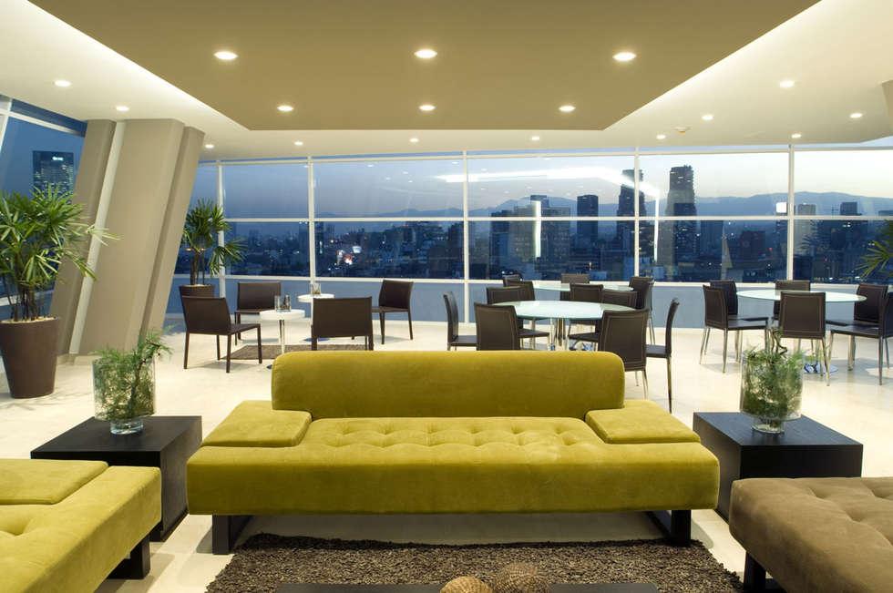 Skyview Polanco: Salas de estilo  por ARCO Arquitectura Contemporánea