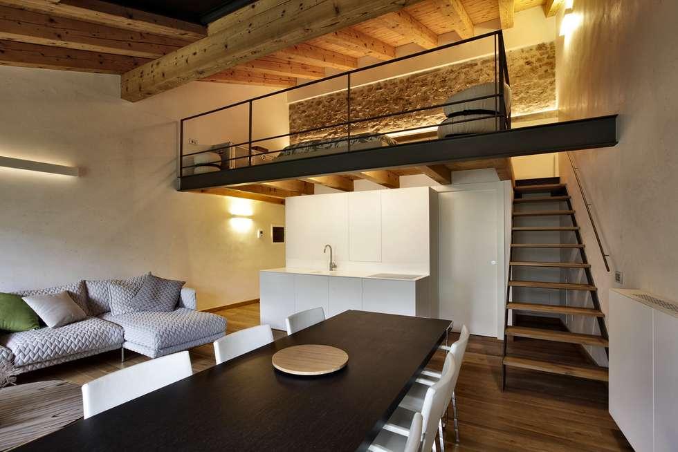 Idee arredamento casa interior design homify for Soggiorno castello