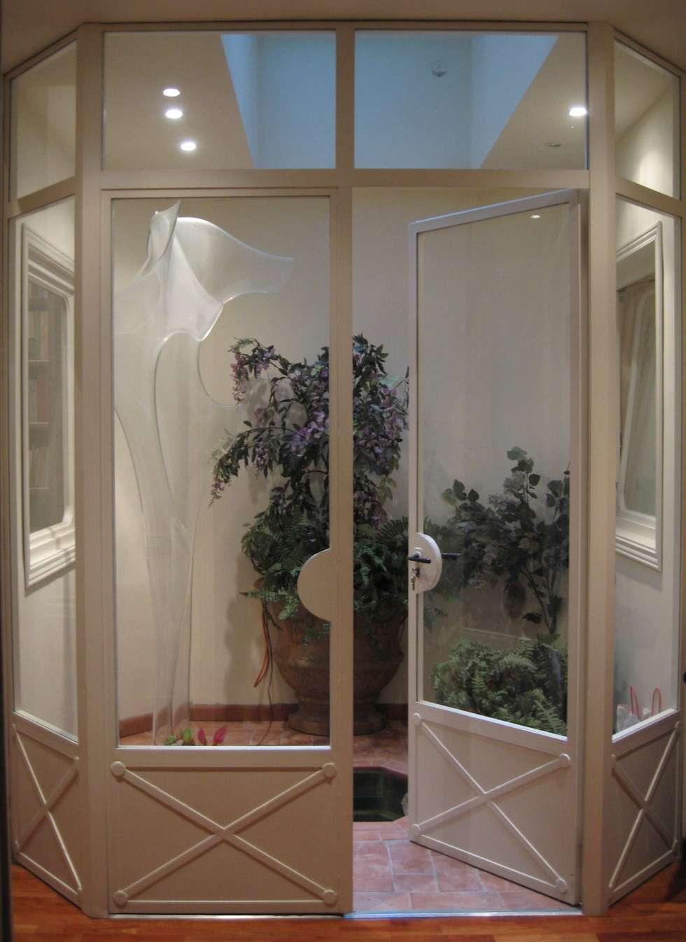 Giardino d'inverno: Soggiorno in stile in stile Classico di Tiziano Codiferro -  Master Gardener