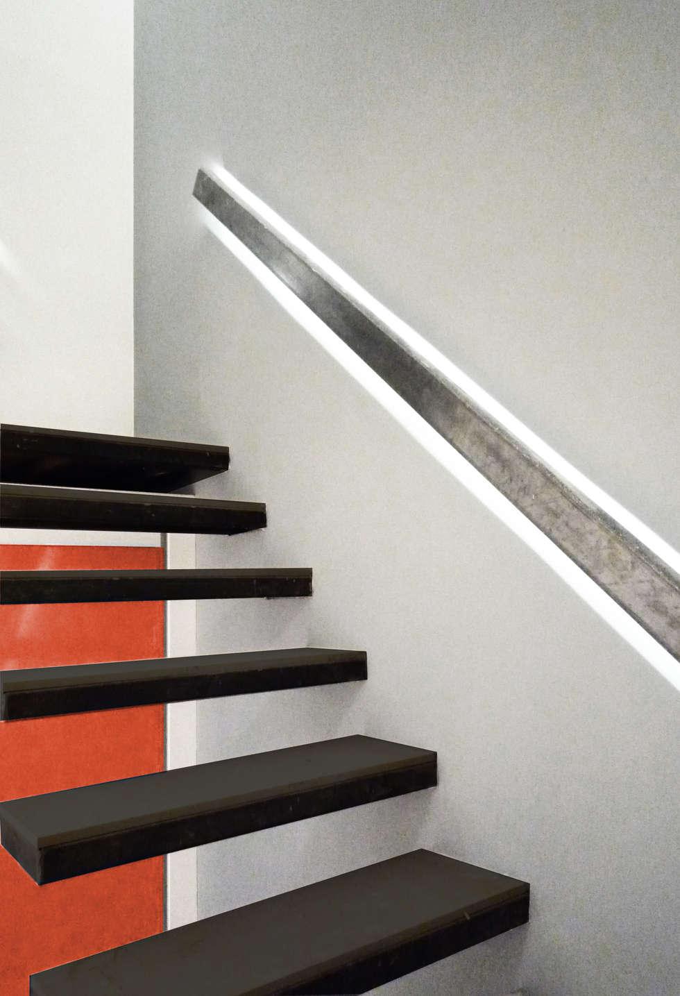 escalera loft barcelona arquitectos pasillos vestbulos y escaleras de estilo minimalista