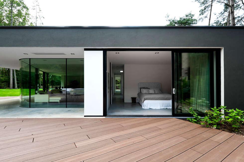 Villa Veth: moderne Slaapkamer door 123DV Moderne Villa's