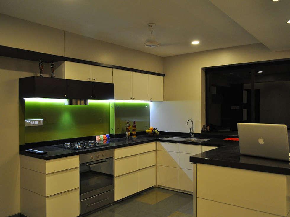 s k designs: modern Kitchen by S K Designs