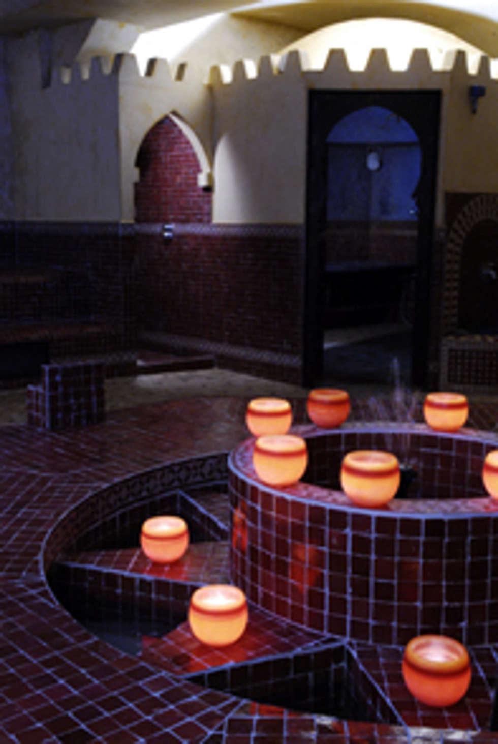 Les 100 Ciels Hammam: Hôtels de style  par PEDRO MIGUEL