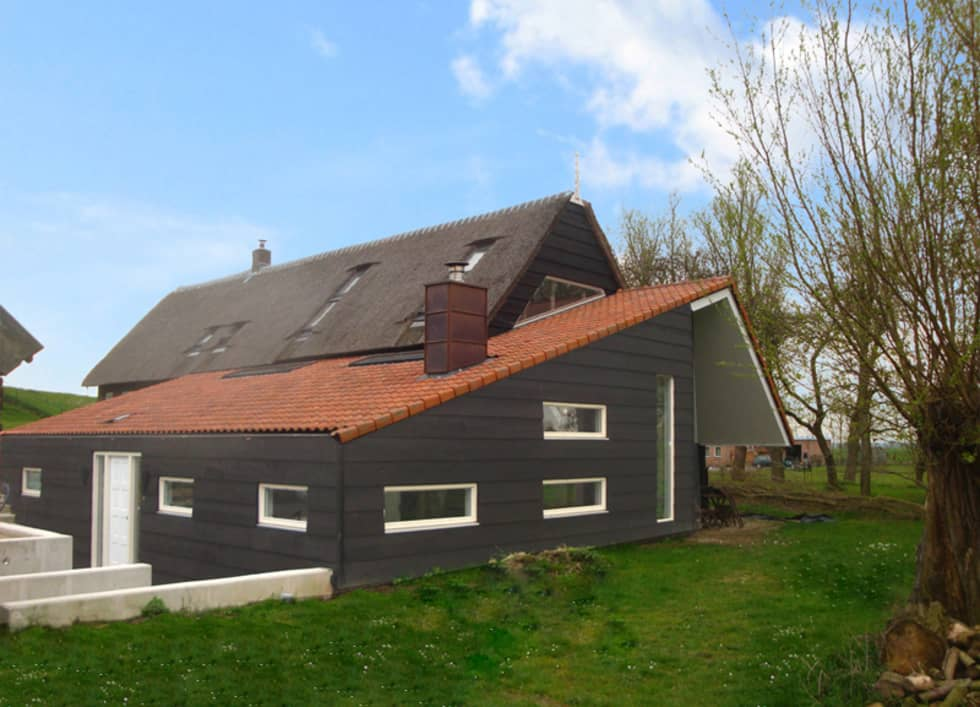 woonboerderij:  Muren door No Label