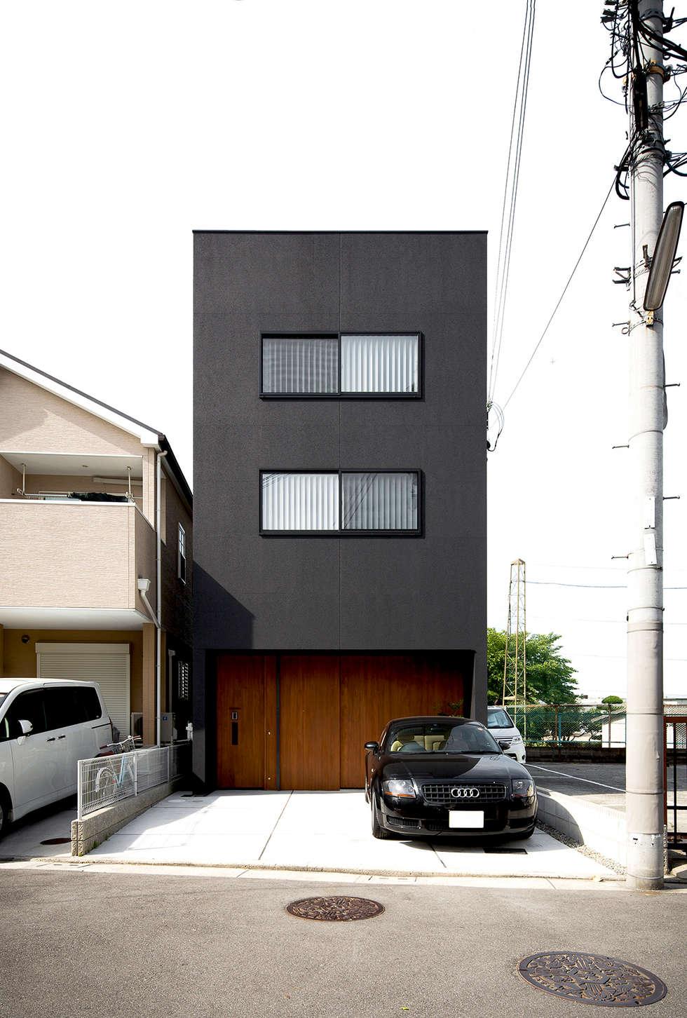 秘密基地のある家: ラブデザインホームズ/LOVE DESIGN HOMESが手掛けた一戸建て住宅です。