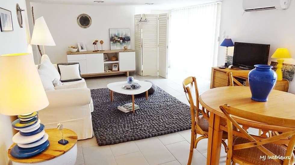 Le séjour: Maisons de style de style Moderne par MJ Intérieurs