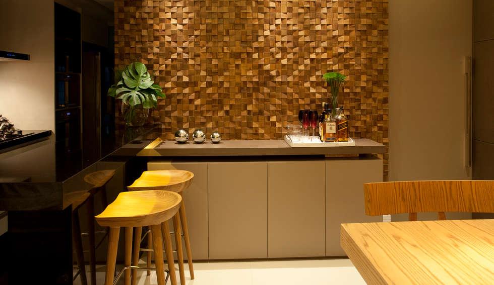 PAINEL DECORATIVO - PORTOBELLO: Salas de estar modernas por Leles Arquitetura e Iluminação