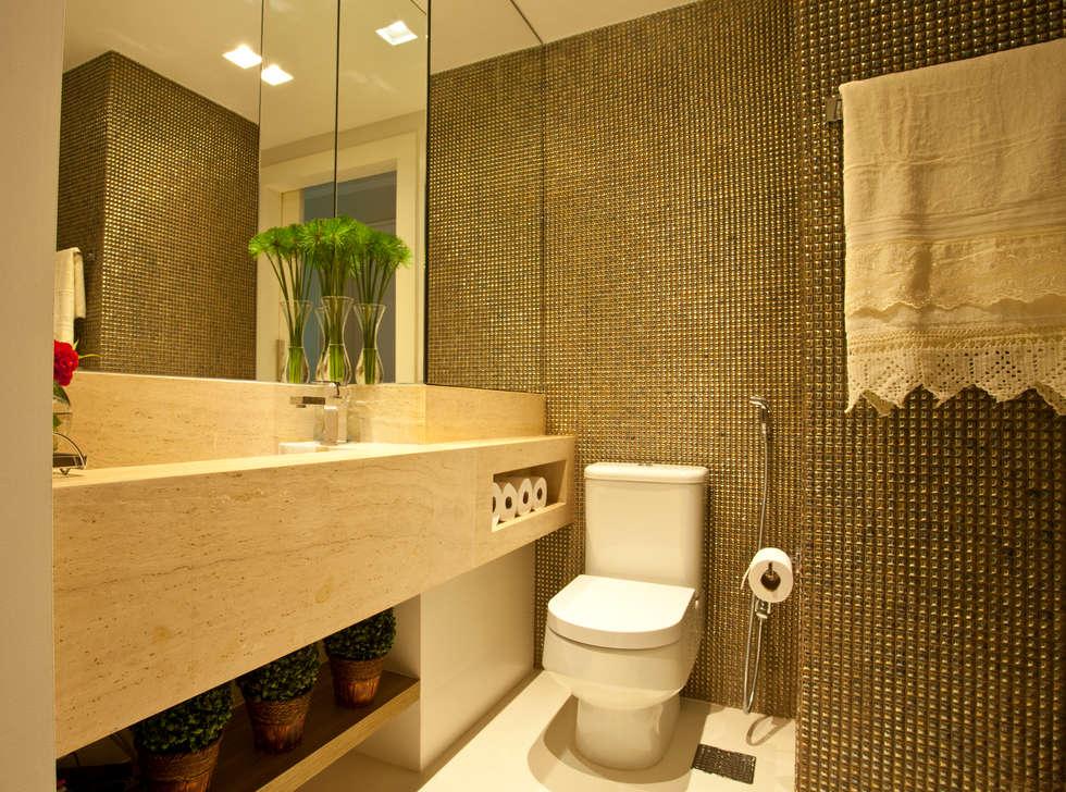 BANHO SOCIAL : Salas de estar modernas por Leles Arquitetura e Iluminação