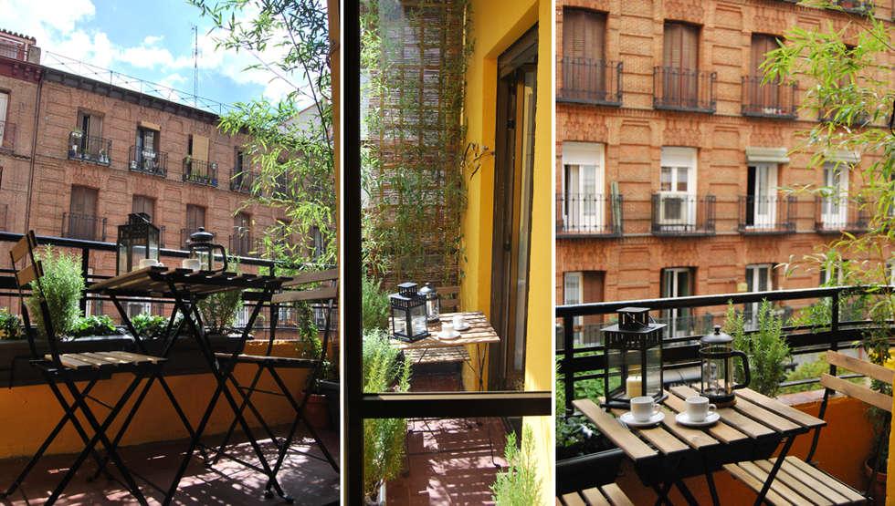 balcón en Chamberí, Madrid: Terrazas de estilo  de CarlosSobrinoArquitecto