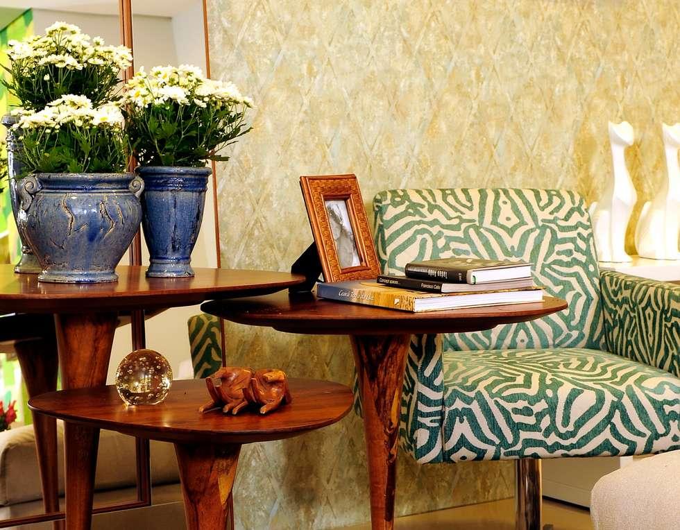 FAMILY ROOM ACONCHEGO por Adriana Scartaris: Salas de estar modernas por Adriana Scartaris design e interiores