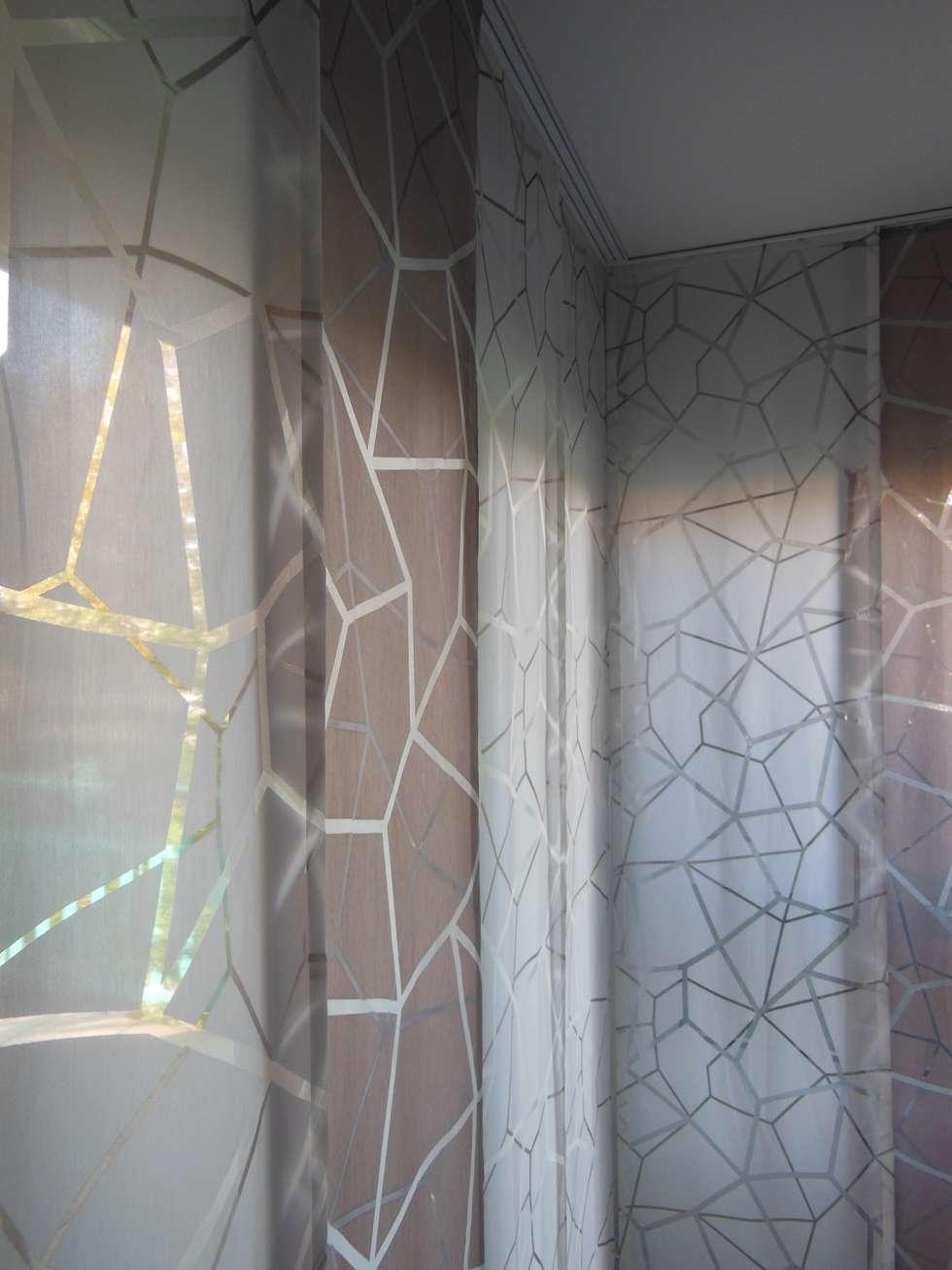 pans japonais : Salon de style de style Moderne par Decoration Christine