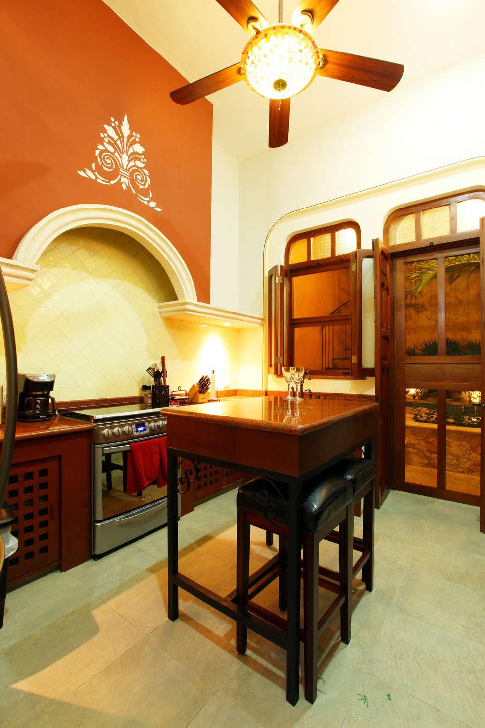 Cocina: Cocinas de estilo colonial por Arturo Campos Arquitectos