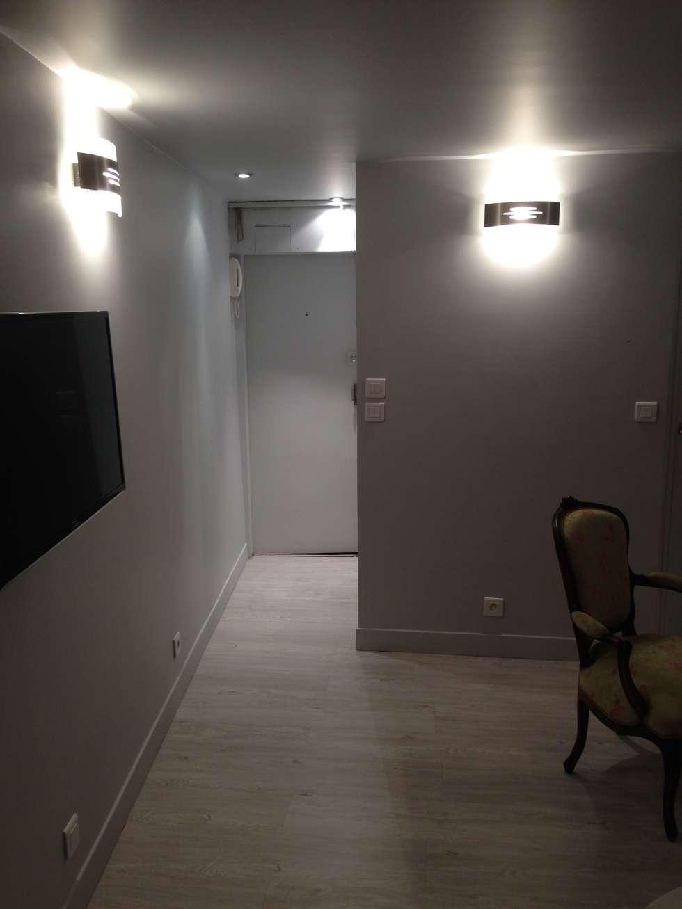Entrée: Couloir et hall d'entrée de style  par Marine Cornut