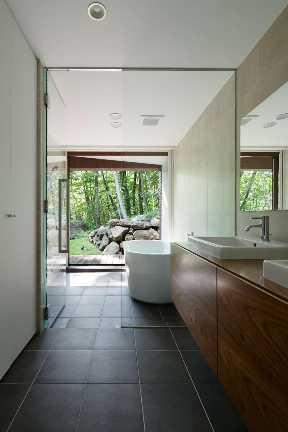 Projekty,  Łazienka zaprojektowane przez atelier137 ARCHITECTURAL DESIGN OFFICE