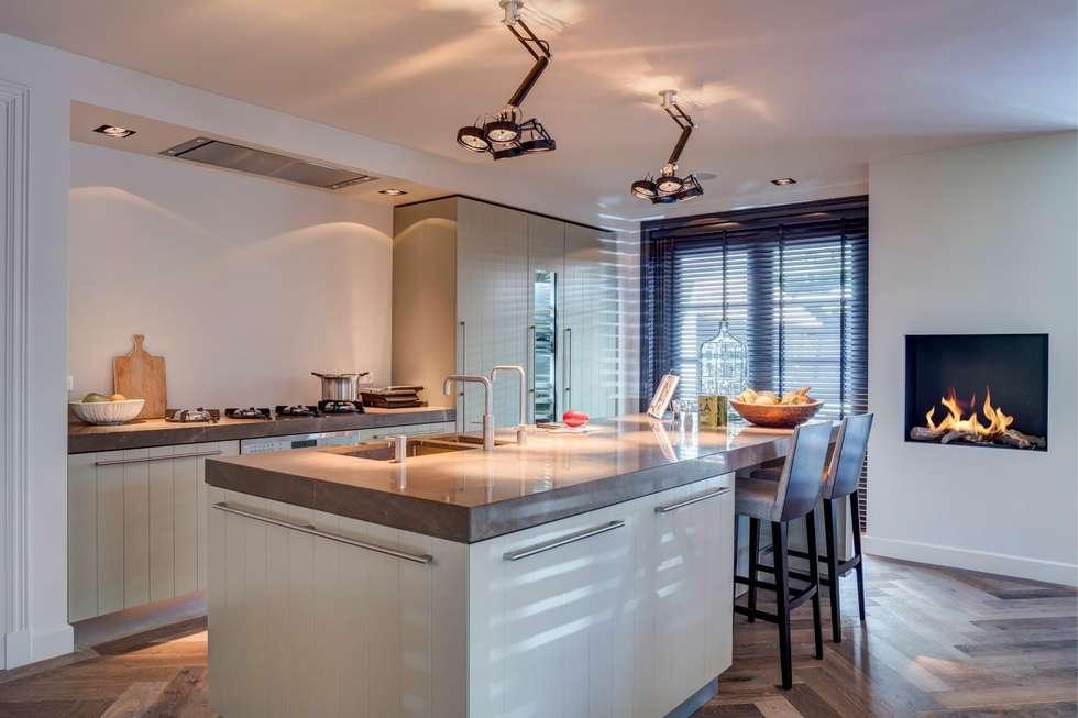 Foto's van een moderne keuken: heerlijke keuken met mooi eiland ...