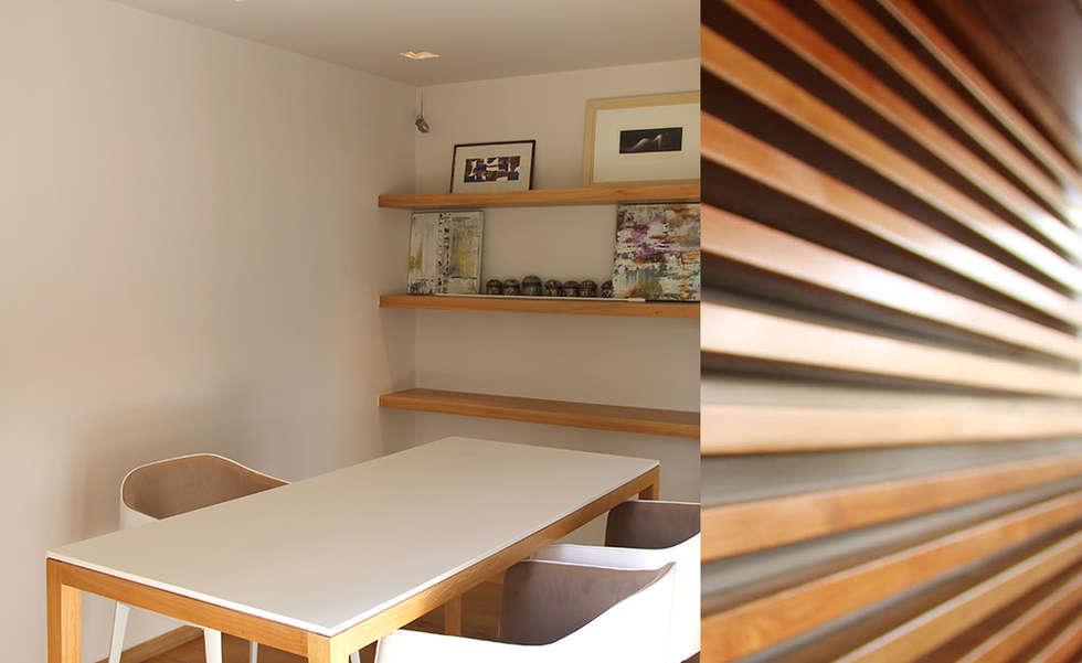 *kiosque dans le jardin: Bureau de style de style Moderne par 180°