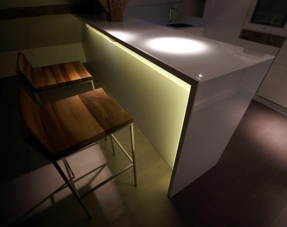 Cuisine: Cuisine de style de style Moderne par Atelier TO-AU