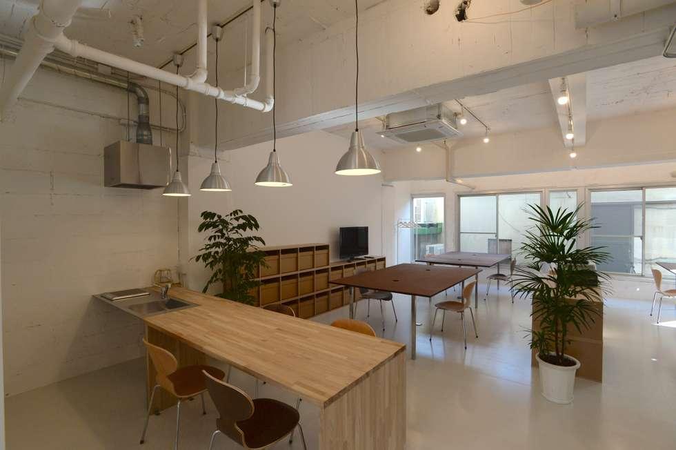 SHUSAKU MATSUDA & ASSOCIATES, ARCHITECTS: modern tarz Yemek Odası