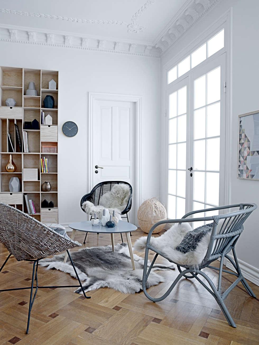 skandinavische Wohnzimmer von House Envy
