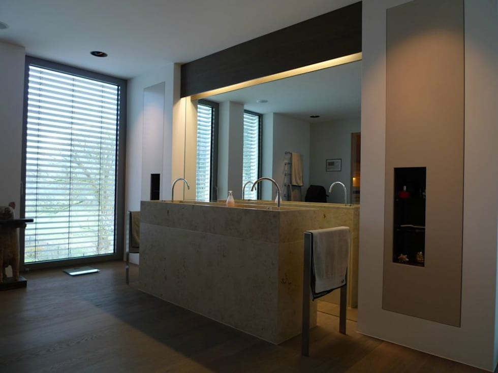 moderne badkamer door bolz planungen f r licht und raum homify. Black Bedroom Furniture Sets. Home Design Ideas