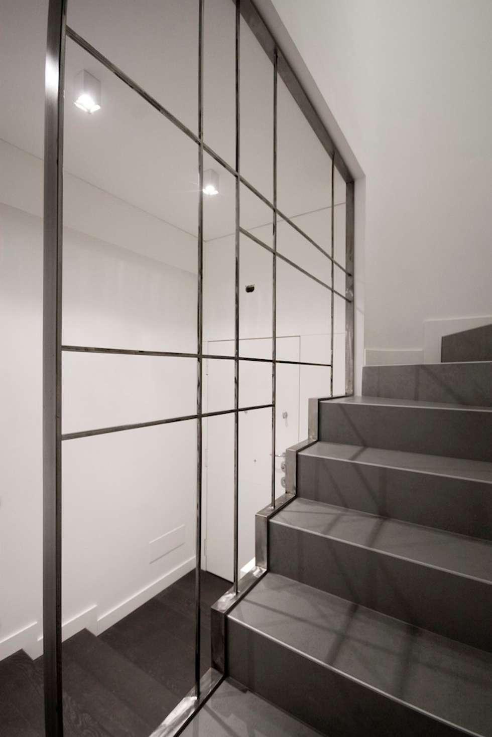 Casa CB: Ingresso & Corridoio in stile  di Manuela Tognoli * Label201